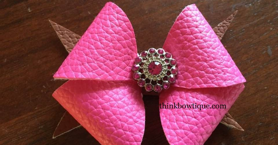 Make a leatherette bow